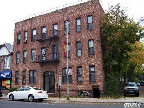 hardwood floors through out apartment, large living room, large walk in closet. 2 bedrooms, first floor,  NO PETS