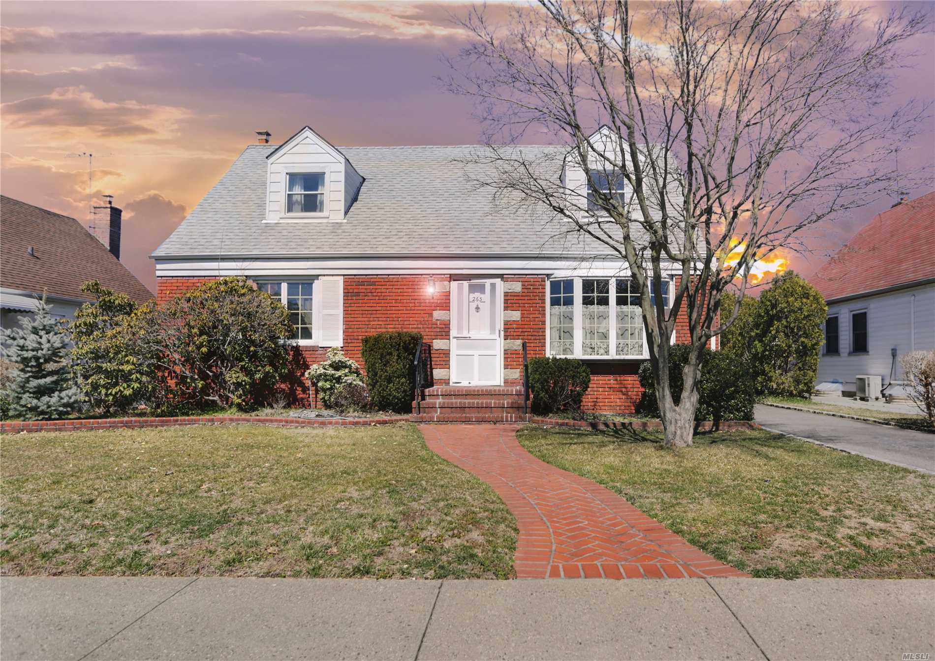 Spacious expanded cape located on a quiet, picturesque block in Herricks Schools outside of the village. Just minutes from the LIE, Northern Pkwy, LIRR and all schools, shopping and dining. Well kept with a bright, pleasing layout, hardwood floors, full basement partially finished and a detached garage. Private yard with plenty of parking on and off the street.