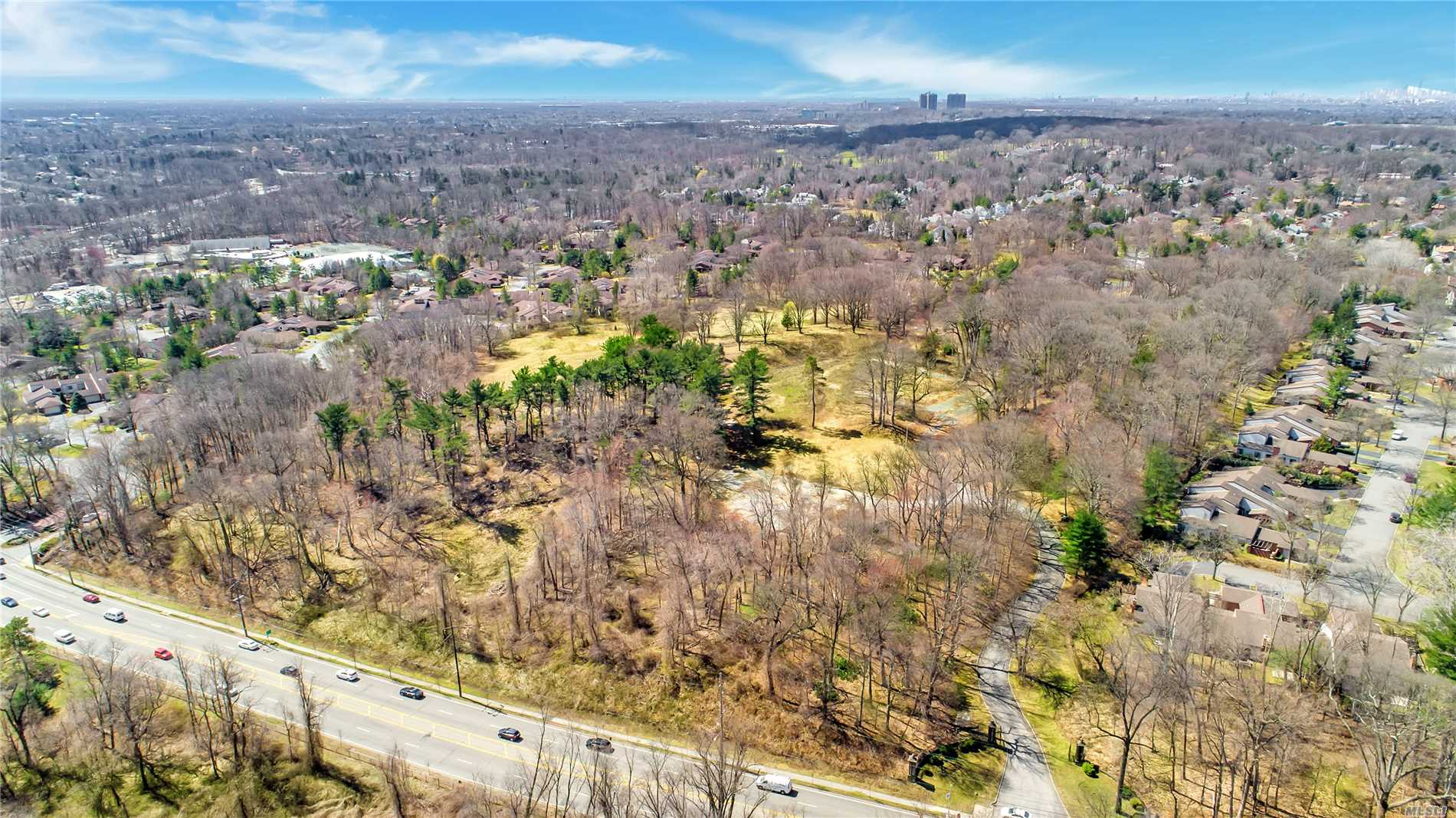 An unparalleled opportunity to develop the Gold Coast of Long Island's most exclusive gated community. The site has been carefully assembled to host 46 single family residences on property's ranging from approximately .5 acre parcels - approximately 1 acre parcels, many of which will feature their own private swimming pools.
