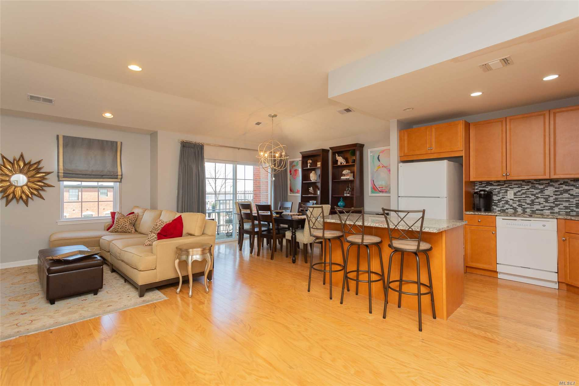 Beautiful, Spacious 3 Bedroom Condo. Brick, Top Floor. Approx. 1413 Sqft. 2 Baths & Terrace. Garage W/ Driveway (2 Parking Spcs). Views Of River, Promenade, Waterfront Park & Whitestone Bridge. Energy Star Rated. High Ceilings, Hdwd Flrs., Kit W/ Granite Counter Tops, Cac. Quiet Nbhd. Access To 6 Acre Waterfront Park. Pvt Setting, Landscaped Grounds & N/Hood Video Surveillance System..421 A Tax Abatement Discount Reduces Annual Taxes To $789 Annually. Near Schools, Transportation & Macneil Park.
