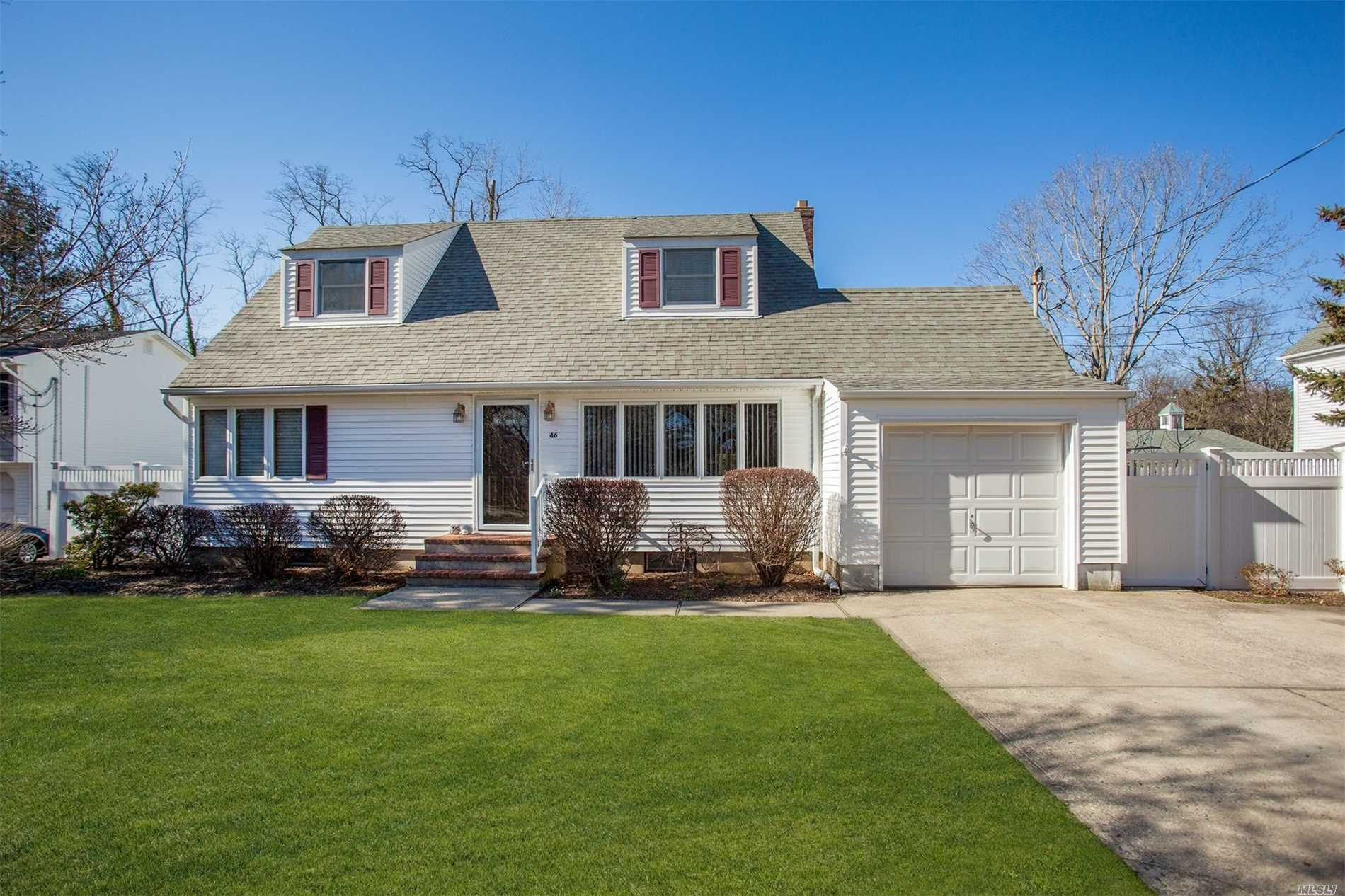 Beautiful Cape off Cul-de-Sac Walk to Beach! Spacious Expanded & Remodeled in 2001 & 2016. Bright Open Floor Plan w/Chef's Kitchen, SS Appliances, Wolf Pro 6-Burner Gas Range, Quartz Counter, New Sub-Floor, Stunning Plank Flooring. Entertaining Finished Basement w/Built-in Bar & Bathrm, Huge Mster bdrm Suite w/Dressing Alcove+ Full Bath, Jetted Tub.Stone Patio w/Hot Tub, Storage Shed; Two Driveways, PARK & ENTER HOME FROM SUNSET LANE (Cul-de-sac) #46 Mailbox. PLUS 13 mo Home Warranty!
