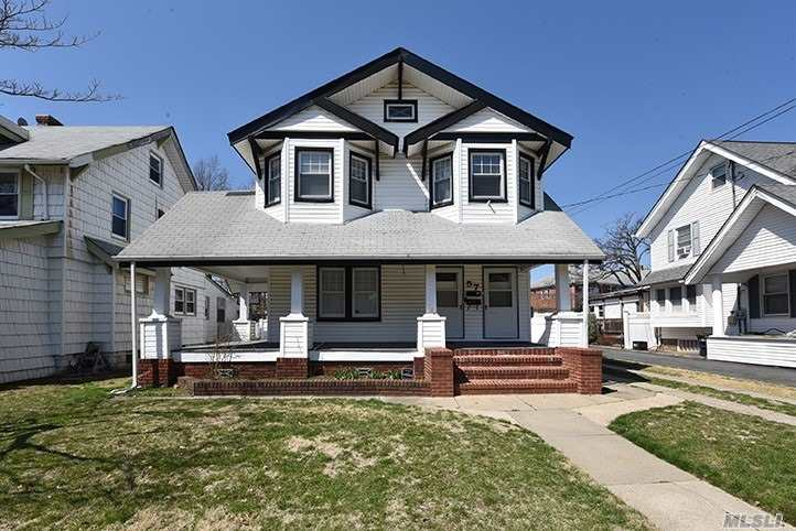 Gorgeous Block near all! Clean and freshly painted. Walking distance to the LIRR, Gibson or VS. Heat and Water Included! Access to yard! Driveway Parking! Pets allowed at owners discretion.  A must see!