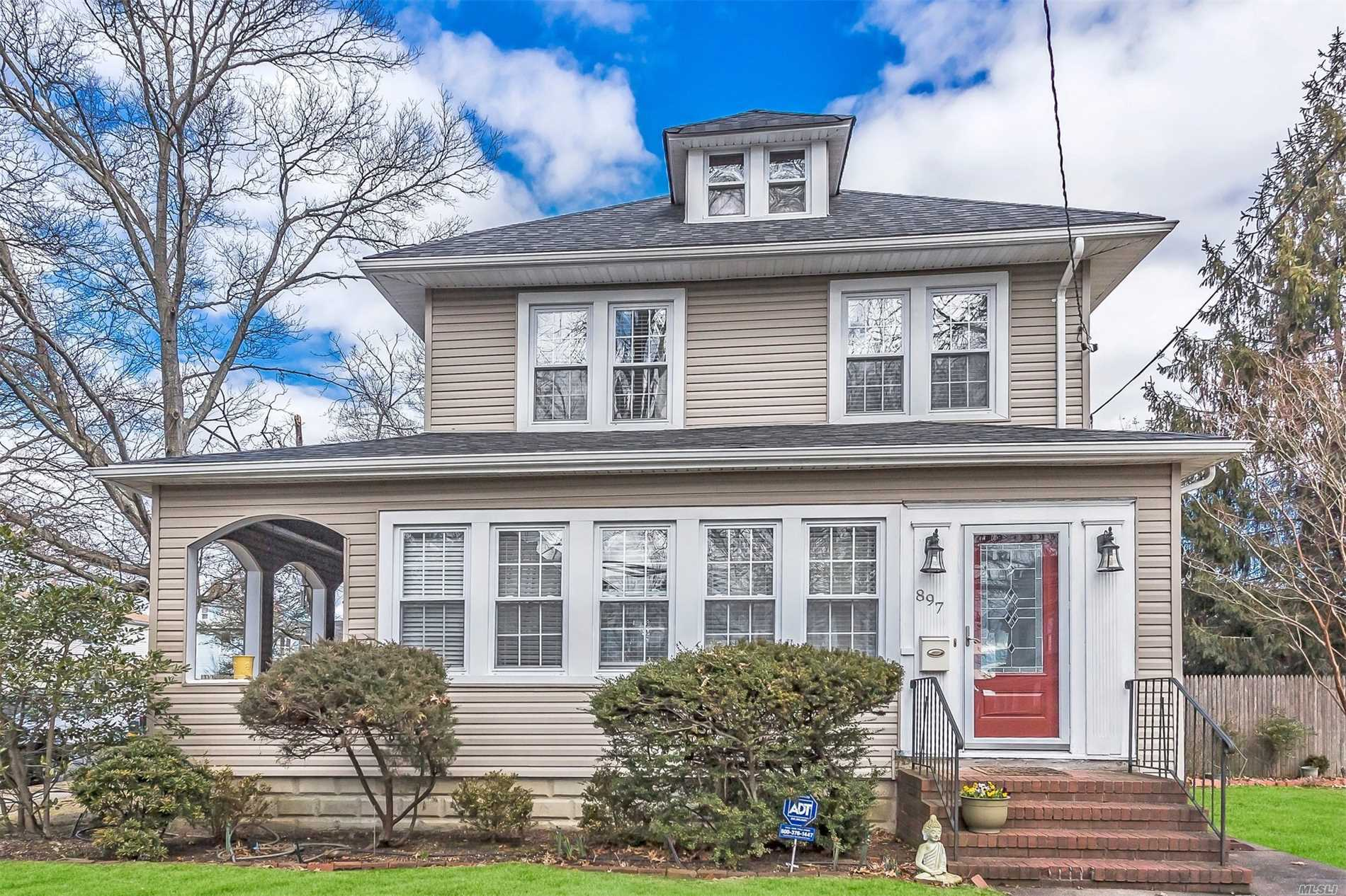 Impressive Colonial in N. Baldwin, Prestine Home on Xtra Large lot, 4 bedrooms, 2 bathrms, 2 Extra rooms and office,  A Beautiful updated EiK with Ss appliance, 2 car Garage, Open Porch To relax!! A Must See !! Conveniently located to LiRR, Sunrise &Southern State Parkways and Shopping!!!!