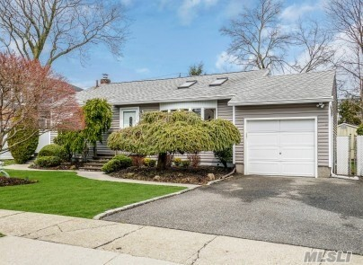 Beautifully Maintained 3 bedroom ranch, EIK, Harwood Floors, Anderson Windows, Central Air, Newer Siding, Architectural Roof, 200 AMP, Alarm, Finished Bsmt w/ Wood Burning Stove, Newer Front & Storm Doors, Specimen Plantings, Won't Last!