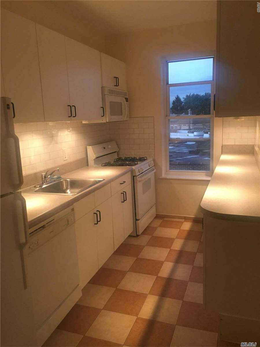 Spacious 3 Bedroom Box Apartment For Rent In Ridgewood. Features Living Room, Formal Dining Room, Eat In Kitchen, and 1 Full Bathroom. Heat And Water Included. Hardwood Flooring Throughout. Ample Street Park. Close To Transportation.