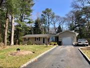 Well Maintained 3 Br, 2.5 Bath Ranch SHY ACRE (.83) Updated Kitchen, GRANITE Counters, Hardwood Floors, Updates (10Yrs) Include: Roof, Siding, Skylight, Windows, Fresh Paint Cesspool W Overflow &Burner. Full Finished Bsmnt W Full Bath, Florida Room, 1 Car Garage, Cobblestone Lined Driveway, Nature Lovers Park Like Property! All Located On Cul De Sac, LOW TAXES. Home Hooked Up To Public Water.(Well Water Hookup Just For Inground Sprinklers)