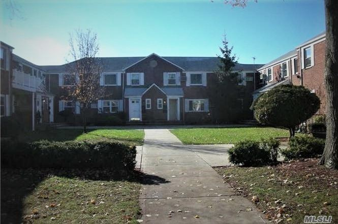 Excellent 3 Bedroom Apartment in Glen Oaks With L/R, D/R, EIK, 3 BEDROOM, FULL BATH, WASHER. Convenient to All.