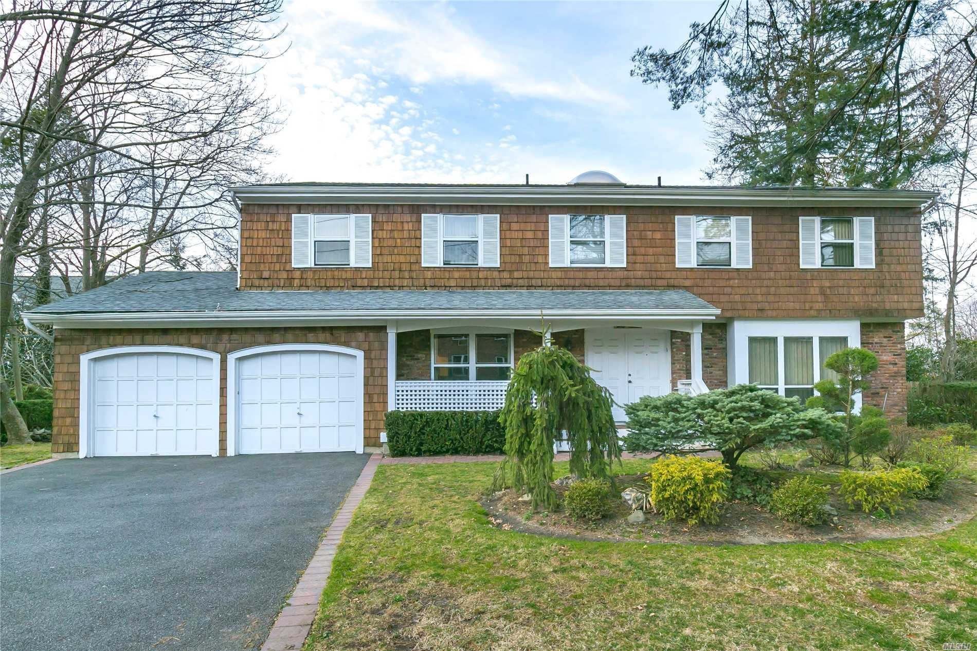 Wonderful South Facing Colonial in the Prestigious Village of Kensington. Spacious Rooms. 4 Bedrooms. 2.5 Baths. Cac. Gas Heating. Vaulted Ceilings. Skylights. 2 Car Garage. Private community with pool and Police. Best location - Minutes to town, train and shops. A must see!