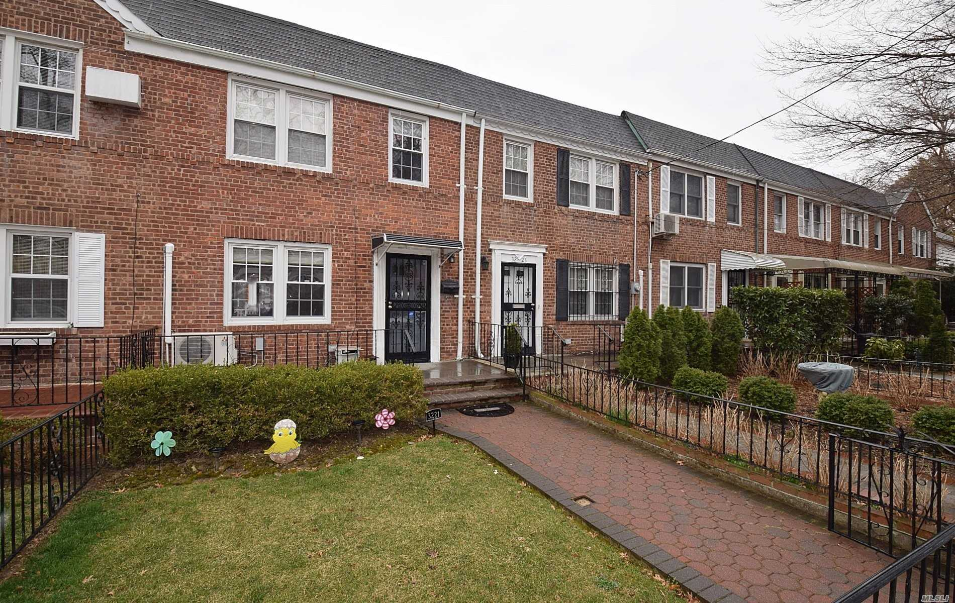 Move In Ready Home In The Sought After Murray Hill Section Of N. Flushing. This Home Features 3 Bedrooms, Double Sink & Jacuzzi Tub All New Bathroom, Formal Dining Room W/Sliders, Beautiful Kitchen W/SS Appliances, Granite Counter-tops, Large Living Room, Oak H/W Floors Throughout, Full Finished Basement With Additional Full Bath, OSE To Driveway, Private Storage And Beautiful Yard. Close To Everything!! Don't Miss This Gem!!