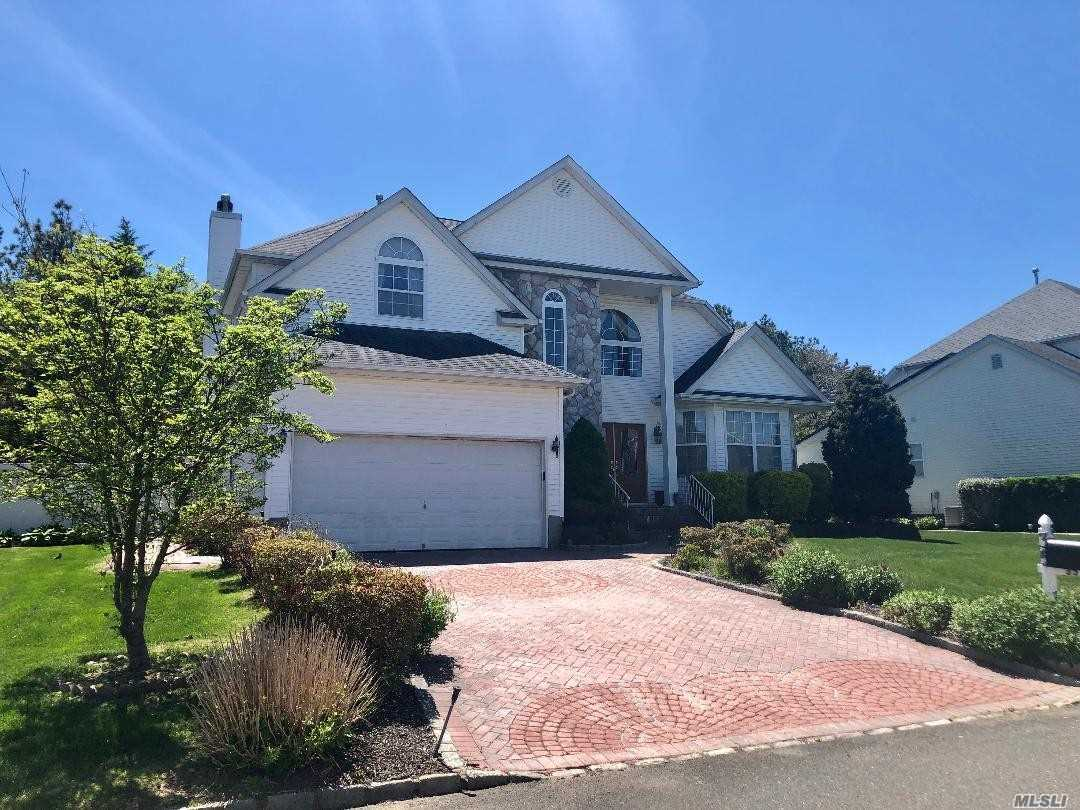Summerfield Gated Community, 24hr. security, Grand Entrance Way, Meticulously Maintained Gleaming Hardwood Floors, Family Room w/fireplace, Large Formal Dining Room, 8' Ceilings in Basement, Large Attic, Paver Driveway, Private Backyard Backing Park, Clubhouse, Pool, Tennis, Basketball Court.