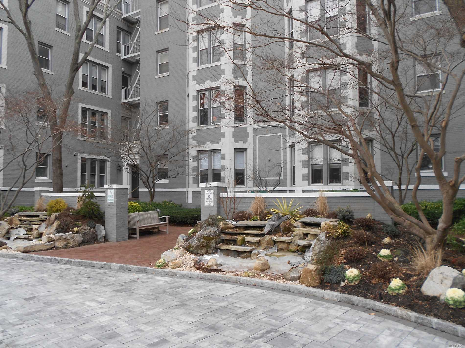Immaculate & Well Maintained 1 Bedroom On The 1st Floor Of The Prestigious Gray Building With Updated Eat-In Kitchen, Living Room/Dining Room Combo & A Large Bedroom With Abundance Of Closets. High Ceilings, Wood Floors & Cac. Storage And Laundry On-Site. Street Parking Plus Adjacent Municipal Lot. A Must See!!!