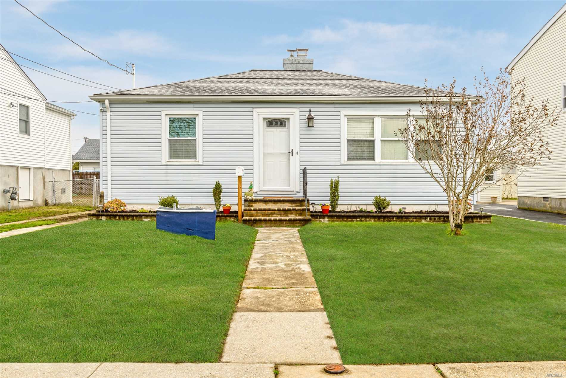 Lovely 2 Bedroom Ranch In South Freeport For $319, 000. Completely Updated With Granite Kitchen & Stainless Steel Appliances, Hardwood Floors, Fireplace & 1.5 Car Garage! Boasting Wonderful Curb Appeal, Situated On A Quiet Street, Close To Nautical Mile! Move Right In!