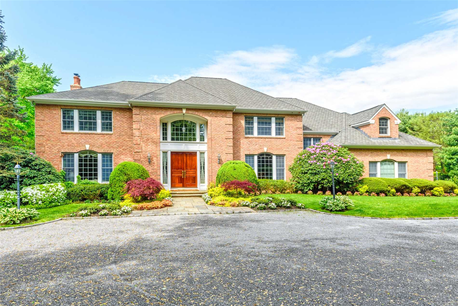 Magnificent Custom Built 7 Bedroom, 5.55 Bath Colonial. Well Designed Floor Plan, Large Principal Rooms, Beautiful Millwork, Chef's Kitchen, Huge Master Suite, High Ceilings, Finished Lower Level, W/Home Theater, Wine Cellar, Gym, Sauna.In-Ground Gunite Pool, Spa, & Cabana. 3 Car Garage. Generator. No Expense Spared.Meticulously Maintained. Natural Gas Available On Street. 2 Magnificently Landscaped, Private Acres Within A Cul-De Sac.Truly The Epitome Of Gold Coast Living.