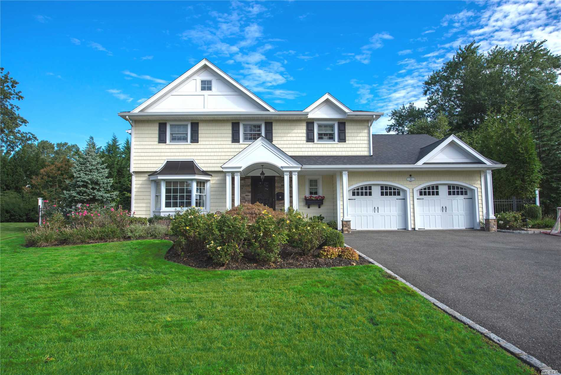 Very Rare Splanch Style Home Completely Renovated With Gorgeous Curb Appeal Has It All. Custom Chefs Kitchen, Open Layout With Large Entertaining Rooms. Set On An Oversized Lot On A Very Desirable Private Street In The Heart Of East Birchwood.The Country Club Yard Has An In-Ground Gunite Heated Pool, Covered Patio, Built in BBq And Entertaining Island. See Attached Highlight Sheet For All Updates. **New Tax Impact Notice States Taxes At $24, 196. for 2020 See Attached Letter**