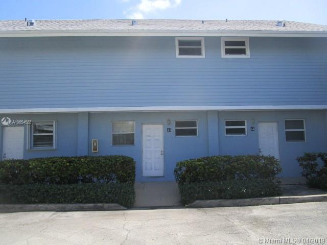 Attn: This 1 Beds/1.5 Baths 776 Sf 2 Story Townhouse/Condo Is Sought Out Le Phare In Key Biscayne, Fl Will Not Last!!! Property Has The Key West Look And Feel And Features Tiled Rear Patio Overlooking The Beautiful Community Pool And Gazebo. The 1St Floor Features Tiled Throughout. The Kitchen And Baths Are Well Kept. Close To Shops, Malls, Restaurants, And Beaches.All Bids Should Be Submitted At Auction Site. Please Submit Any Pre-Auction Offers Received Through The Property Details Page On Auction Site Make Offer Button. All Pre Event Or Post-Event Offers Will Be Reviewed And Responded To Within 3 Business Days. All Properties Are Subject To A 5% Buyer'S Premium Pursuant To The Event Agreement.