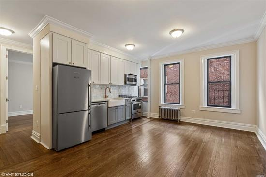 Sponsor owned No Board Approval. All new throughout, Custom kitchens and baths, hardwood floors, high ceilings, storage, gym, garden, virtual concierge. W/D in unit! Dogs allowed! Have it all! Offering by prospectus only C870016