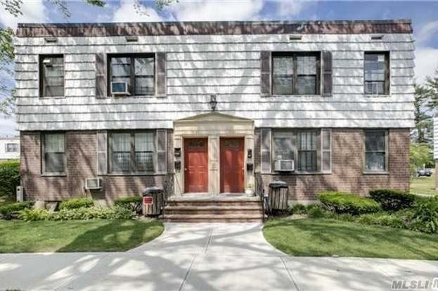 1St. Floor Apartment Facing Park Drive East And Flushing Meadows Park, 1Block To Bus To Express Subway, 1 Minute To Van Wyck Expressway And Grand Central Parkway, Off-Street Parking Included.
