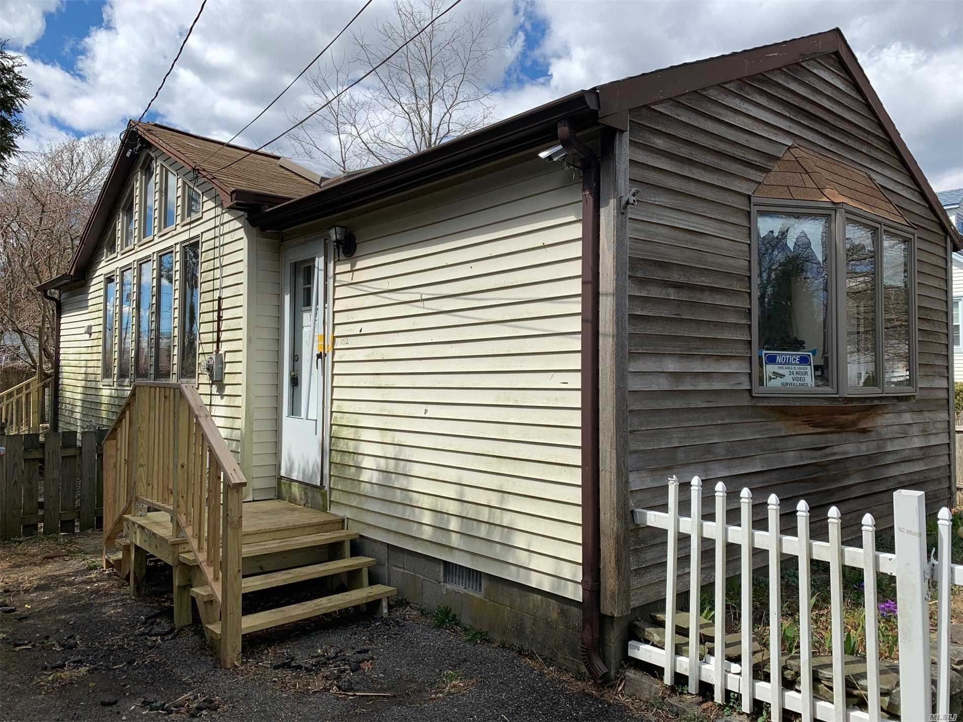 Vacant Foreclosure. Cash Only. Perfect Rental Property With Low taxes. New Deck, Updated Bathroom. Contract Vendee.