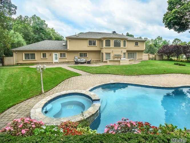 Rare opportunity for builder, developer or end user to build their 5000 SF dream home in Flower Hill. DO NOT WALK PROPERTY. Structure has damage due to fire. Shy acre of park like grounds with in-ground pool, outdoor shower, hot tub & outdoor kitchen.