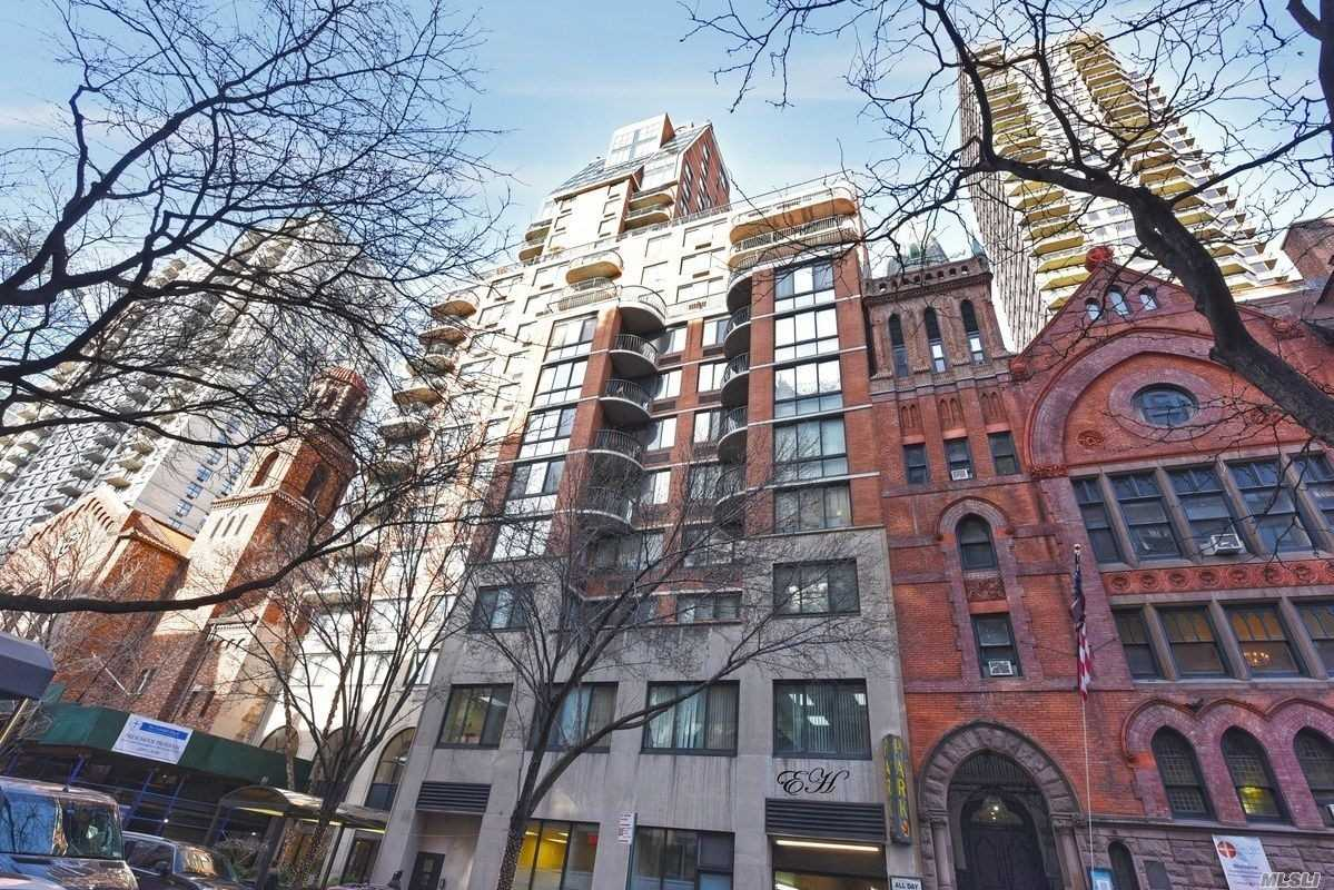 Luxury 1 Bedroom Co-Op within the heart of Upper East Side. The unit boasts stainless steel appliances, washer & dryer, private balcony along with living room, bedroom, kitchen & dining area. Shared Amenities include a gym, rooftop with Doorman. Investors are welcome. All offers must be in writing with a Pre-approval or proof of funds. All Information Deemed Accurate However Should Be Independently Verified.sale may be subject to term & conditions of an offering plan.
