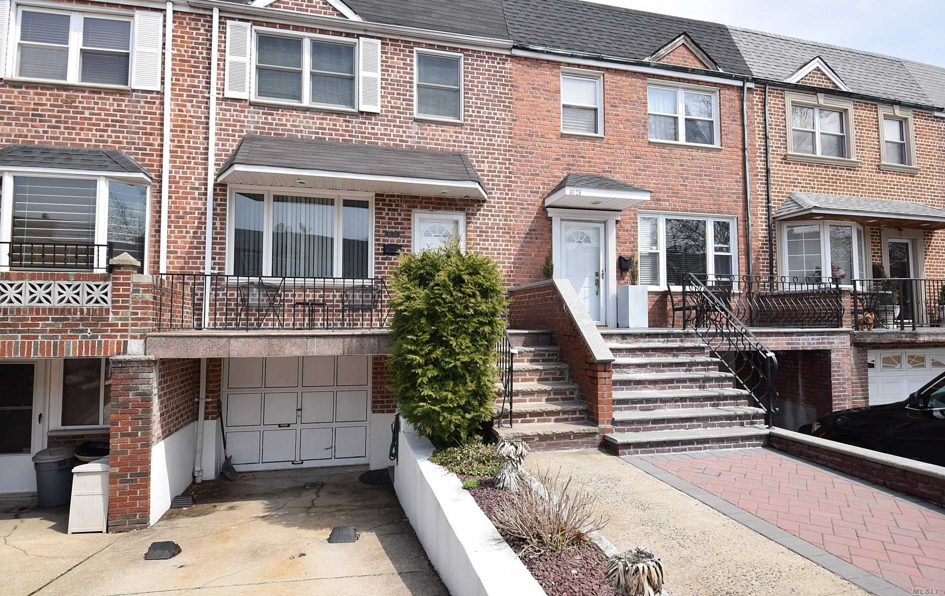 Location, Location, Location!! Beautiful 3 Bedroom With 2.5 Baths, CAC units, Full Finished Basement, Private Backyard, Eat In Kitchen,  Driveway, Garage And Much More!! Near The Highly Desirable Juniper Valley Park. Don't Miss This One!!