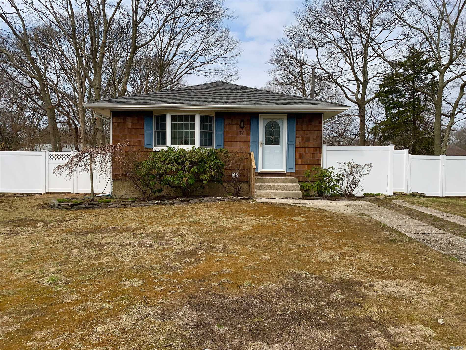 Mint 3 bedroom, 2 bath ranch with full finished basement. All hardwood floors, Basement has den, bedroom, full bath & storage & outside entrance. New PVC fencing, new siding, leaders, & gutters. Large fenced yard.