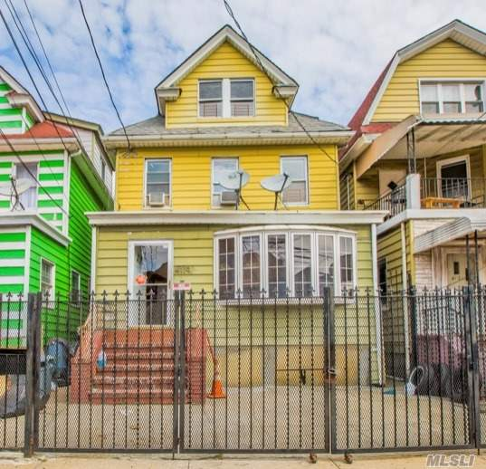 Tastefully Updated 5 Bedroom, 2 Bath Extra Sun Room. Brand New Kitchen w/ Stainlees Steel Appliances, Custom Cabinets & Quartz Counter Tops, Updated Baths. Beautiful Hard Wood Floors, Formal Dining Room, Special Designed Ceiling w. Brass Lamps all over. Excellent Location, Close To G, E, F, R, M, 7 Train; Supermarket, &all The Shops.