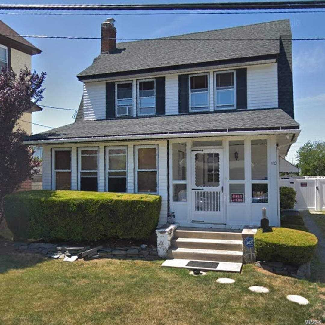 4 bed 2 bath colonial well kept with a finished basement low taxes large lot on a quiet colde sac block will have pics up shortly