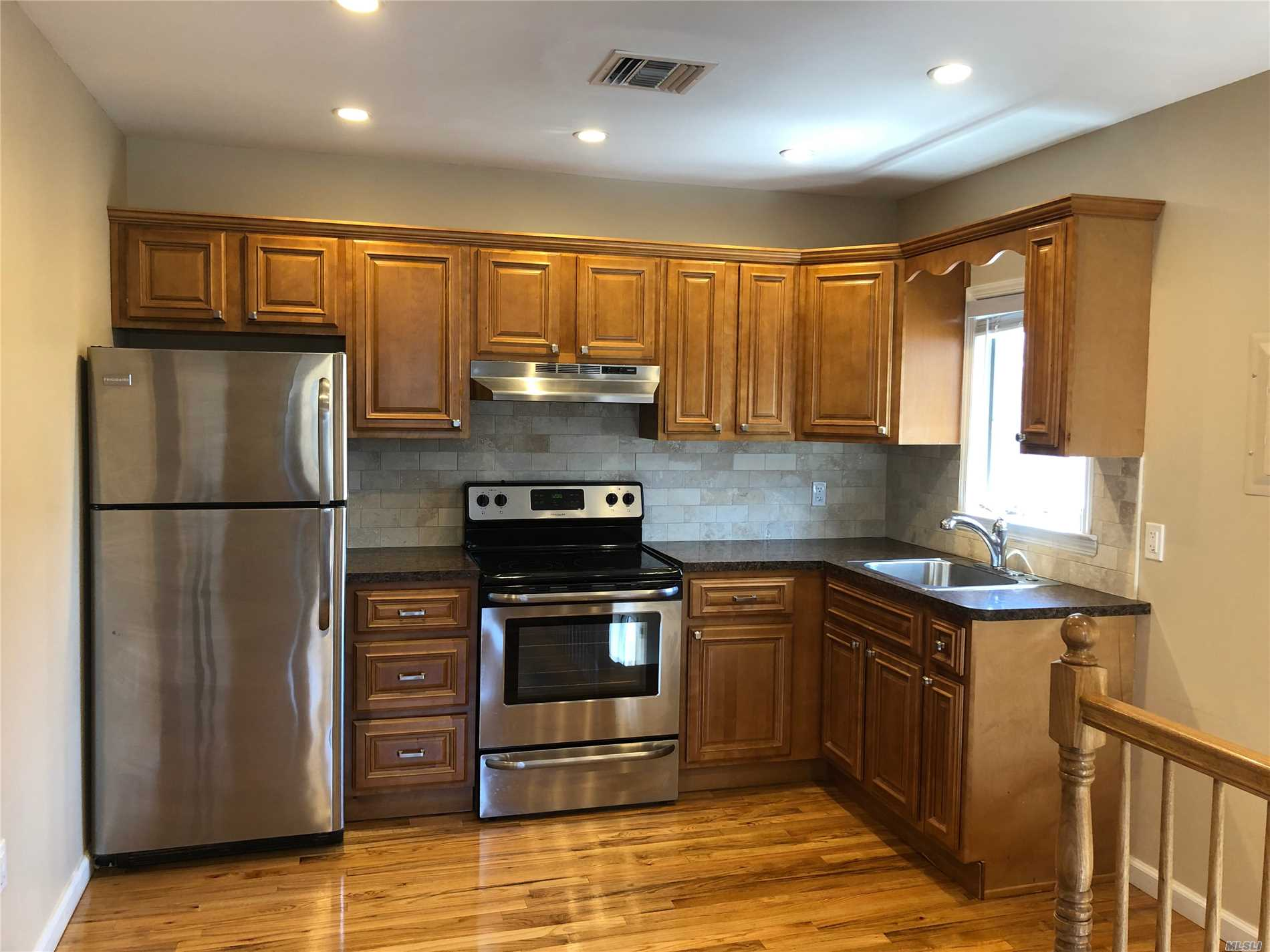 Gorgeous, Completely Renovated, Second Floor 1 Bedroom Apartment In Manorhaven. EIK, Living Room/Dining Room, Spacious Bedroom, Beautiful Hardwood Floors Throughout, Washer/Dryer In Apt. Close To Park, Beach & Pool.