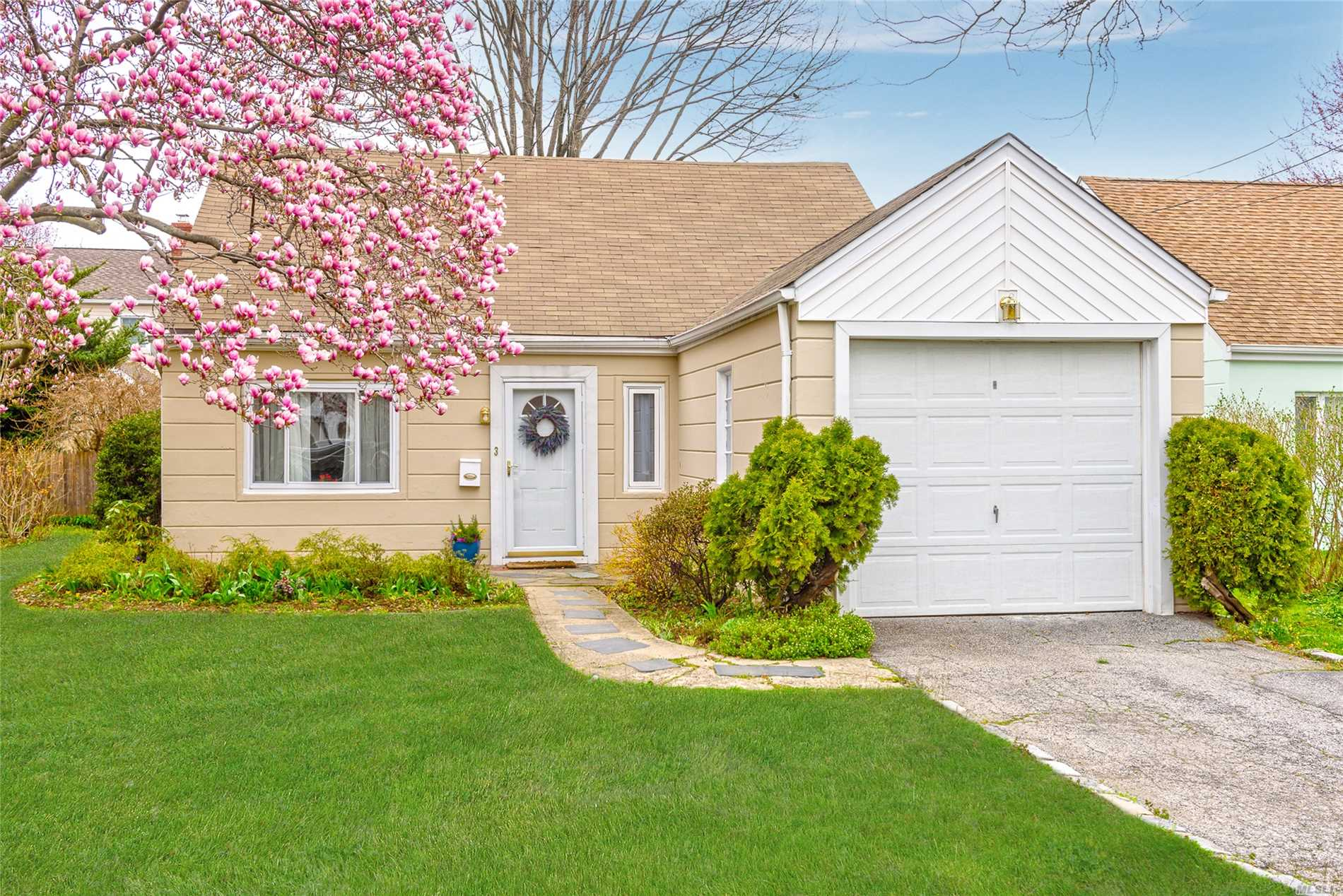 Charming four bedroom two bath cape in the heart of Manhasset Isle. Beach rights through Manhasset Isle Civic Association. Renovated kitchen and baths. New washer/dryer. One car garage.