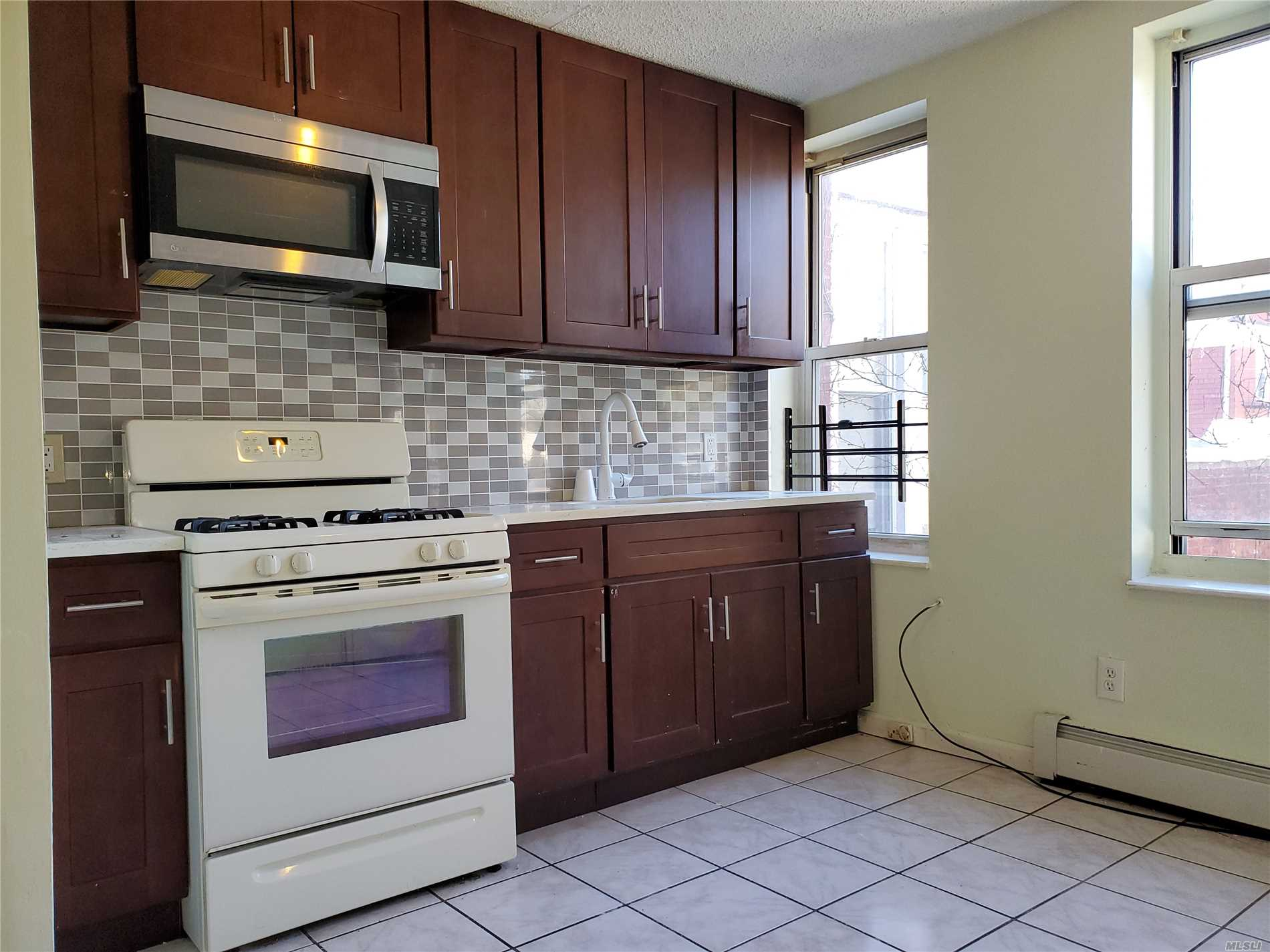 2-Bedrooms R/R Style, walk to local shopping, house of worship, public transportation and much more.