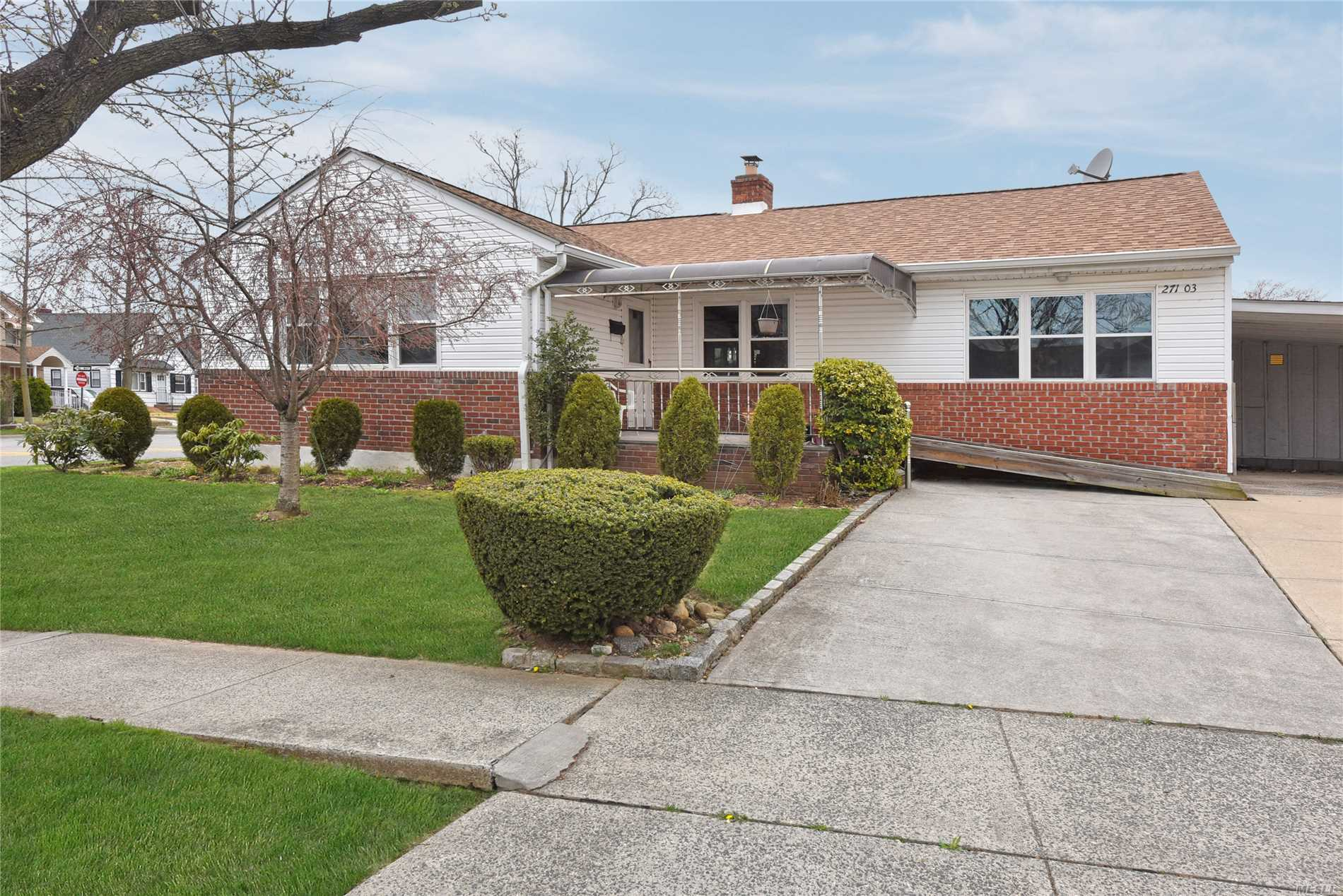 Beautiful Ranch 1 Family in New Hyde Park, with extension, LOW TAX, Central AC (1 Zone), 3 Zone Heating , 3 Bedrooms, 2 Full Bathrooms, Updated KIT , Spacious LR, Formal DR , Covered Porch, Finished Basement ( Family Room / Office), Boiler and Laundry Room, 1 Car Port,  Wheelchair accessible ramp at the main entrance. Near to Public Transportation, Easy Access To Highways, Close By to Big Shopping Areas and LIJ Hospital.All Information Deemed Accurate However Should Be Independently Verified.