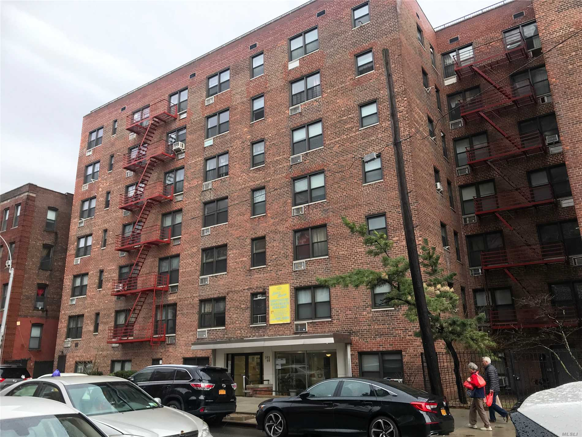 Extra Large Studio Coop Apartment with Approx 585 sqft. Spacious Layout With Foyer, Living Room/Bedroom, Eat-In-Kitchen, Full Bath. Low Monthly Maintenance $575 includes all utilities except electricity. Excellent Location with Easy Walk To The Subway And Public Transportation. Ok To Sublease After 2 Years.