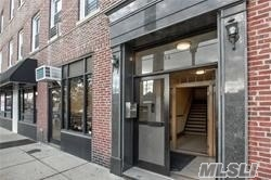 Totally Renovated 1 Bedroom Apartment in the Heart of Hewlett. Quartz Countertops, Stainless Steel Appliances, Recessed Lighting, Hardwood Floors, Washer/Dryer in Apartment, Close to Railroad, Shopping, & Houses of Worship.