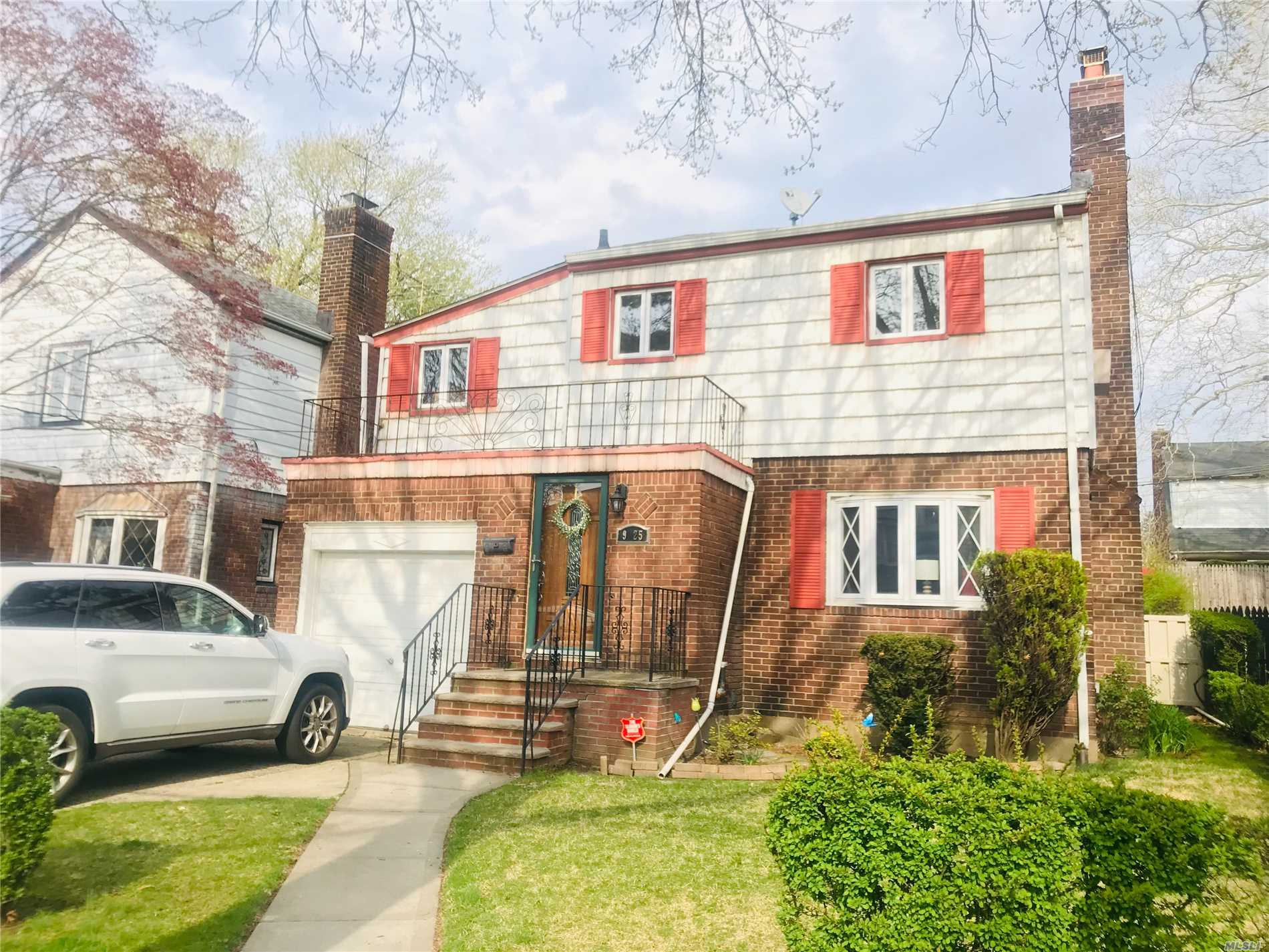 QUIET tree line block detach house with 4 bedrooms , big living room, formal dining room,  kitchen ,  half bathroom , exit to back yard , above ground pool for family summer entertainment , one car garage. close to transportation, walking distance to park