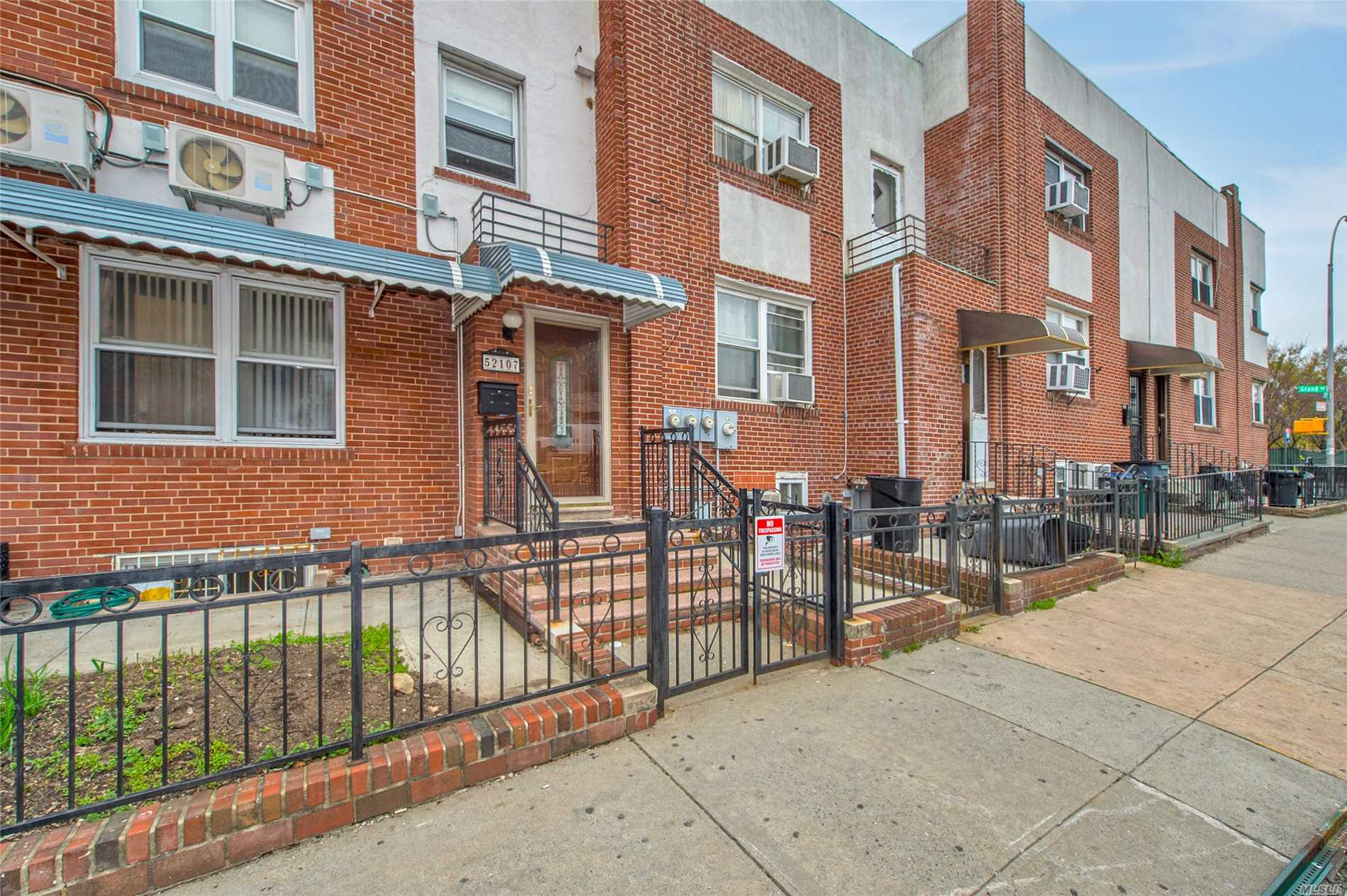 Newly Renovated Single Family Brick Home Located In Elmhurst. Less Than One Block Away From Elmhurst Park. Conveniently Mins Distance To Grand Ave With Restaurants, Cafes, Supermarkets And Much More. Close To Transportations (Bus/Q47). Young Brick Exterior With First Floor Featuring Bright Rooms, Hardwood Floors Thru-Out With Stainless Steel Appliances. 1ST FL Offering 2 Bedroom, Full Bath, Kitchen And D/R, And 2FL With 3 Bedroom, Full Bath And L/R. Separate Entrance to the Garage And Basement