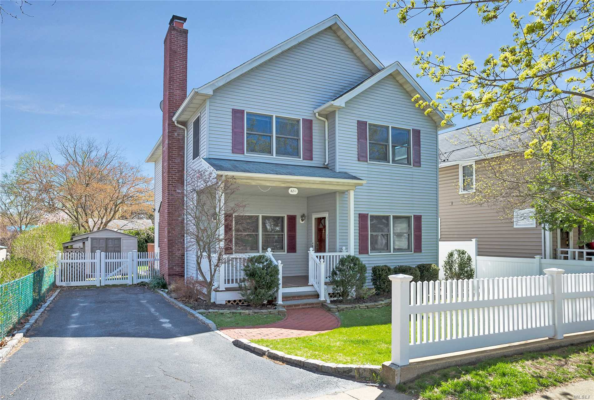 New To Market. Amazing Opportunity To Own This Classic 3-Bedroom, 2.5 Bath Colonial With Bright Spacious Rooms, Stone Fireplace And A Private Back Yard For Summer Entertaining. Short Distance To Award Winning Glenwood Landing Elementary School, Long Island Railroad, Restaurants And Shopping.
