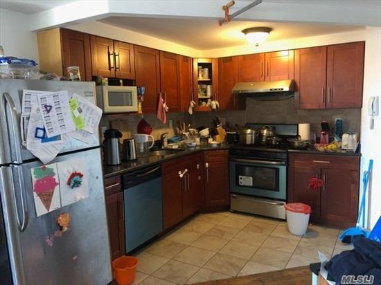 beautiful two bedroom two bathroom and balcony. very big apt at heart of flushing,