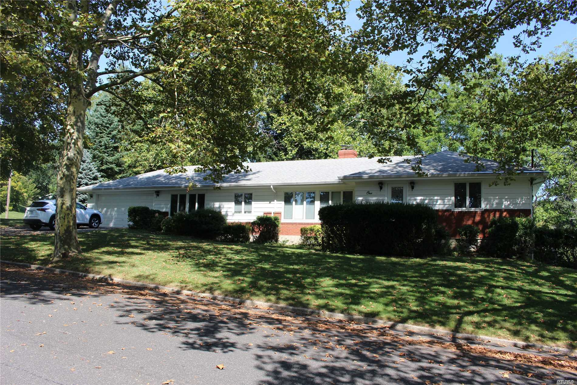 Pristine Beauty in the Heart of Prestigious Eaton's Neck. On a Cul De Sac with walking distance to water and beaches.This ranch offers -Formal Lr. and Dr., EIk, Den, 3Brs., 1.5 Baths.A Finished Ground level Basement for family entertainment with a family rm., 2 Brs., Fbth. CAC, Wood Floors, 200 Amp Electric, Anderson Windows.Oil heat with In-ground fiberglass oil tank.Kitchen opens to Deck overlooking grounds with a water view. Just move in and enjoy the lifestyle of Eatons Neck!