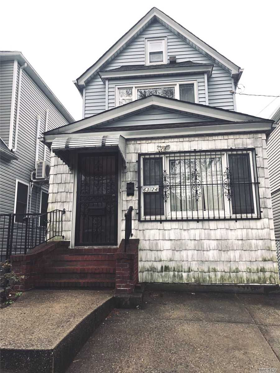 Beautiful Whole House In Rego Park, 3 Bedrooms, 2.5 Baths, and Finished Attic and Basement. 2 Parking Spots On Driveway (Garage Not Included), Close To Subway And Shopping Areas.