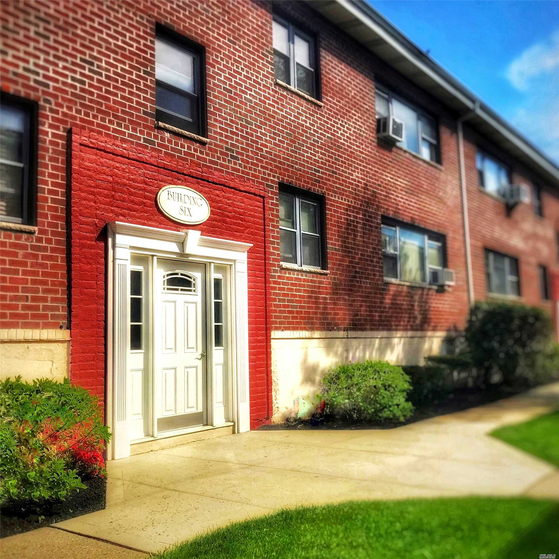 Welcome to Floral Park! Come See This Sunny, One Bedroom Apartment with Beautiful, Hardwood Floors, Lots of Windows and Closets - Custom California Closets! Great Location, Conveniently close proximity : LIRR, Shopping, Schools, Public Library, and Village Amenities. Please Note: Sale may be subject to terms & conditions of an offering plan. All Info To Be Verified by Selling Agent. Max Financing 80%.