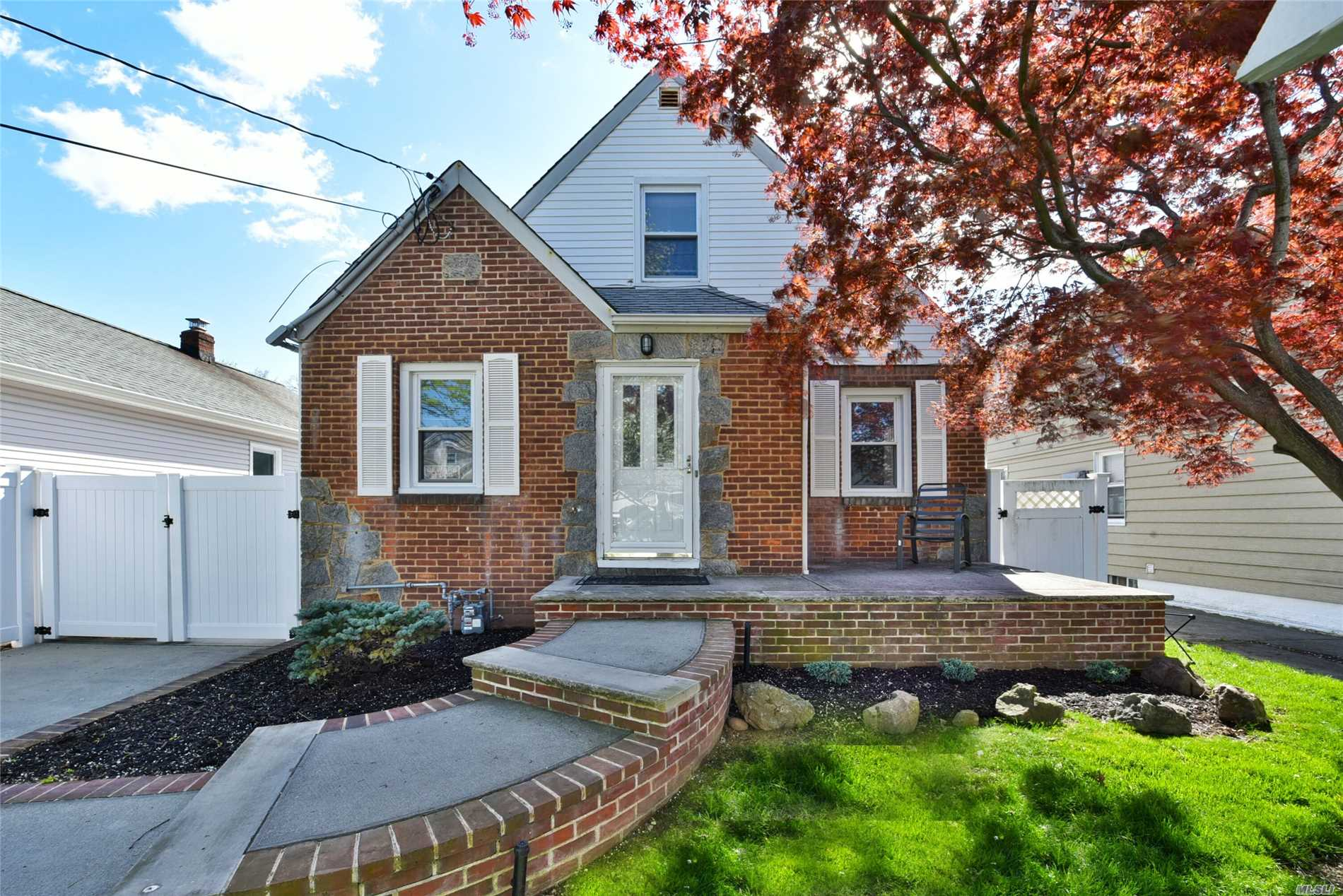 Lovely Updated Dormered Brick Cape Located In Franklin Square. This Home Features Tiled Flrs, New Winds, New Hot Water Heater, 200 Amps, In-Ground Sprinkler System, 9 Yr Young Roof.Eik W/Oak Cabinets, Corian Counter Tops, Recessed Lighting & New Ss Appls, Liv Rm, Mstr Bdrm & New Bath On The Main Level, 2 Additional Bdrms On The Second Flr, Full Finished Basement W/Full Ba, Utilities, Fully Fenced Private Yard, 1 Car Detached Garage W/Covered Side Patio, Close To Schools, Shopping, Restaurants & Transportation !