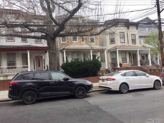 Amazing Location; 3 BR apartment on the first floor; 2 BR apartment on second floor; Very Good Condition; basement is unfinished and has high ceiling.Walk to R and #7 trains, Queens Center mall; easy access to highways; express buses to the City.