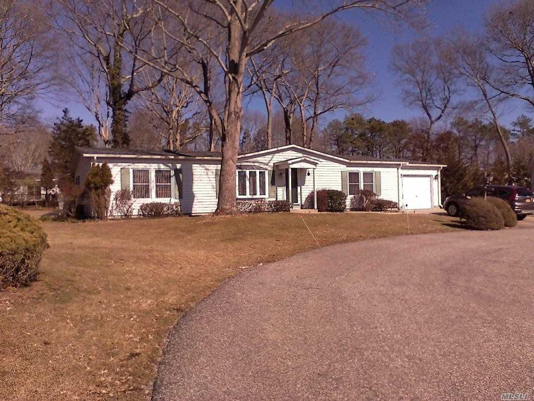 Super Cul de Sac Location, New Roof, Newer Deck, Private Backyard, Shed, Move in Ready.Clubhouse, Pool Activities, Water Incl.