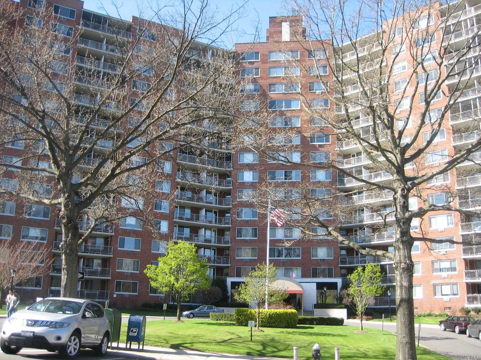 Co-op, Large Renovated Studio in 24Hr Doorman Building on High Floor, Southern Exposure facing Oakland Lake , Low Maintenance Includes All Utilities, Real Estate Taxes, Close to Long Island Rail Road, Shopping, Parkways, City and Express Buses