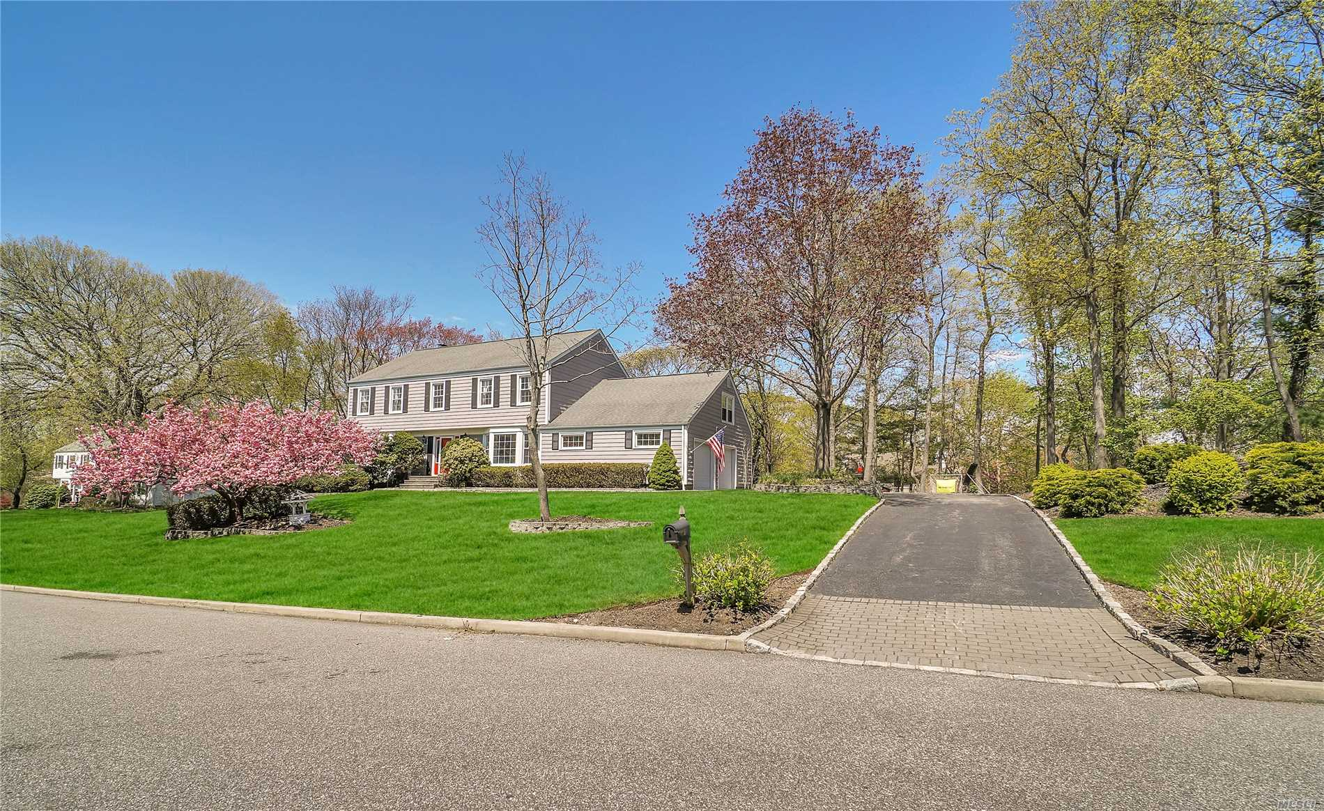 Gorgeous BILL HINES Built C.H.Colonial-Maple/Granite S.S Kitchen-Upgrades include:Brand new Lennox CAC system-Carrera marble master bath w/soaker tub/radiant heated floors-Expanded Master W.I.closet-2nd floor bath w/radiant heated floors/double sink-New 1st flr 1/2 bath-2nd floor laundry room-All hardwood flrs refinished-Custom crown/base molding and solid core doors throughout-Custom Saltwater Specht-tacular I.G Pool/Techo Bloc Steps/7 jets/4 returns-Pool house-Hunter 12 Zone sprinkler system