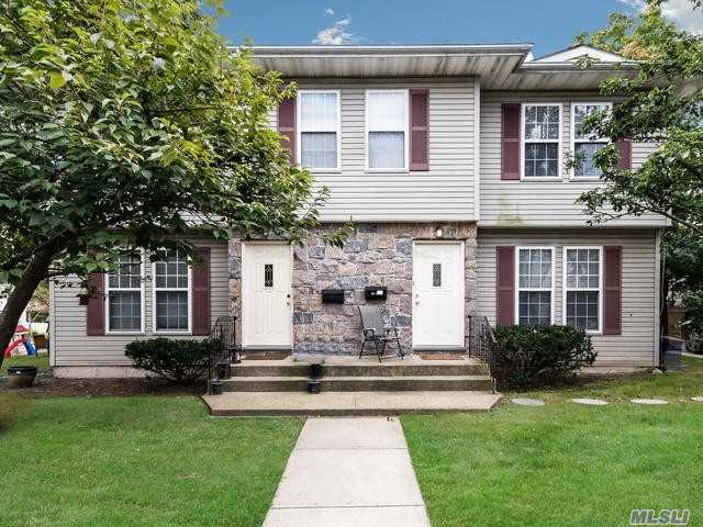 Beautiful Custom Built in 1996 Side by Side Duplex, Located in Manhasset Isle. Each unit features an EIK, Living Room with fireplace, 3 bedrooms, 2.5 baths & full finished basement with Washer/Dryer & Mechanicals. Beach & Mooring Rights with Association Fee.Total Rent Roll $80, 400 with leases thru 6/19 & 9/19.