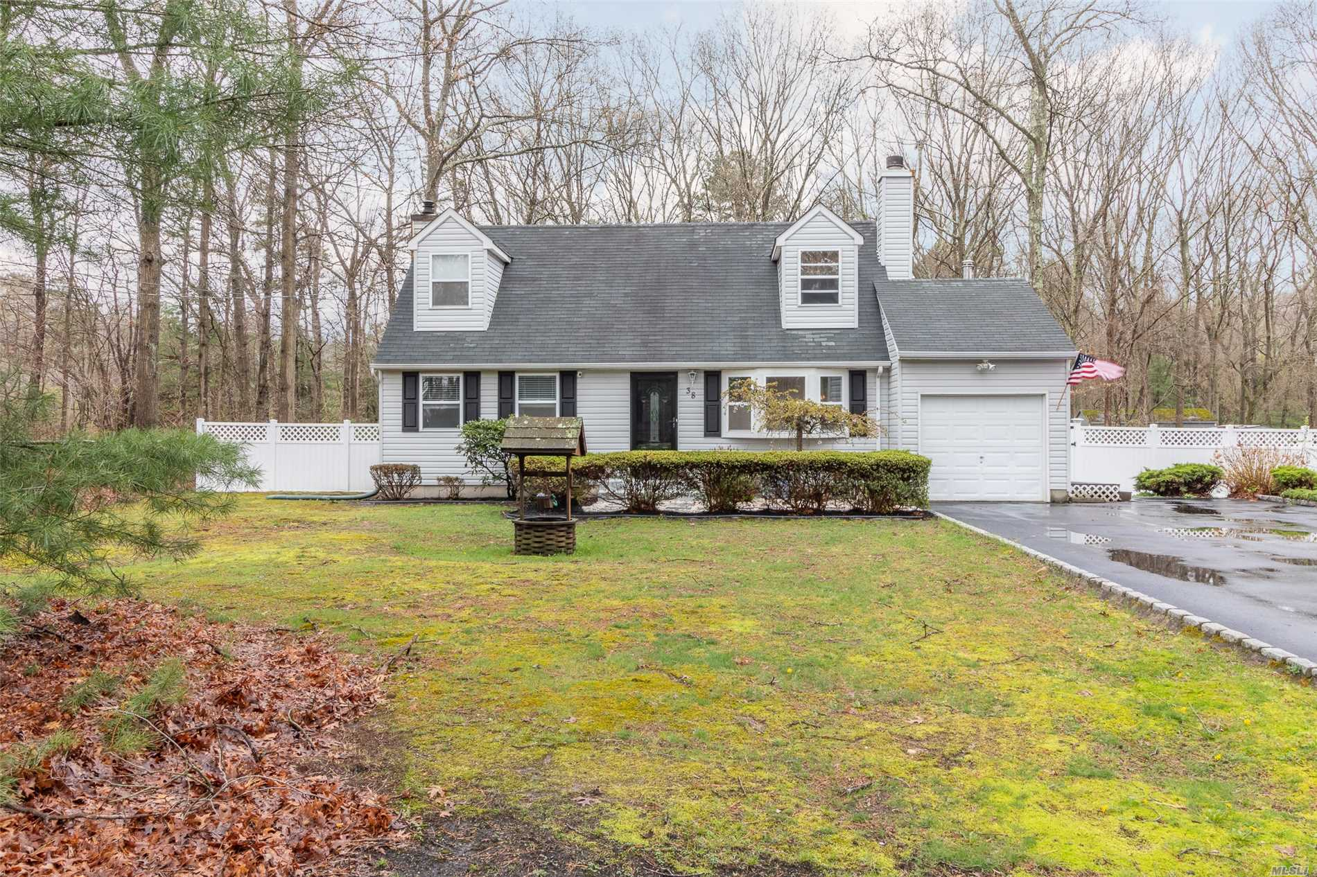 Absolutely fantastic charming 1 owner Caper on shy wooded acre on cul-de-sac. Living Room w/fireplace, Kitchen with maple cabinets, granite counter tops and stainless steel appliances, 4th Bedroom/Office, 2 Full Baths, dry well. Taxes with basic star $9314.15