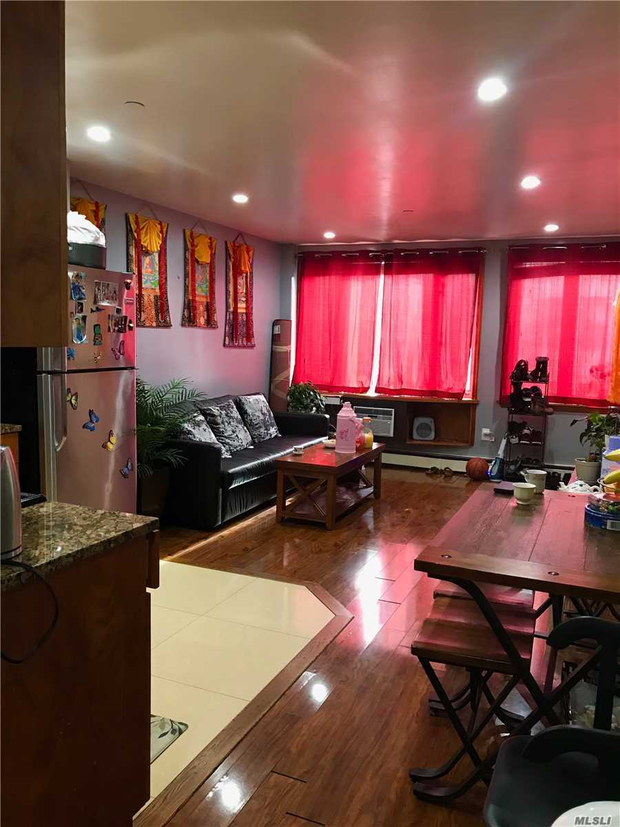 Beautiful 2 bedroom and 2 full bath condo. Very well maintain. Conveniently located. Few minutes walk to Junction Blvd # 7 exp. train and exp. buses to LGA airport. NY Hall of Science and Citi field is right there!* Close to shopping and schools. Best of all, indoor parking space is included in the sale!!!