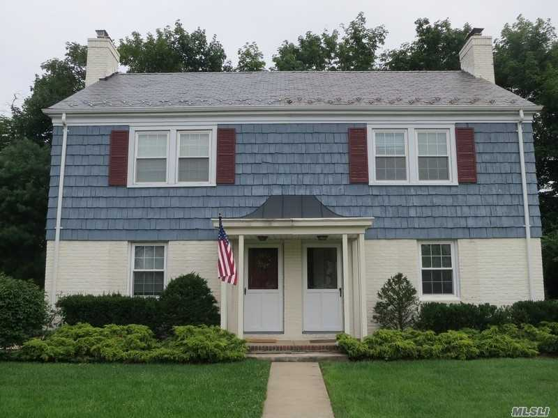 This Charming 2 BR Townhouse features LR w/fpl, dining area, kitchen and screened porch. Hardwood floors. Private cul-de-sac. Convenient to town, schools and train.